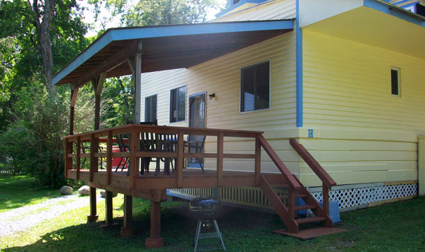 Covered porch on cabin